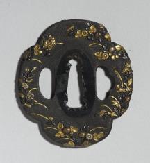 Tsuba z dekoracją