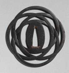Tsuba z czterech kolistych obręczy