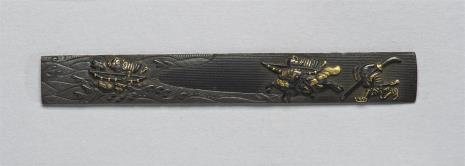 nieznany, Płytka przednia /ji-tai/ z kodzuka /rękojeści nożyka/, dekorowana przedstawieniem rycerzy nad wodą