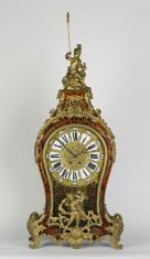 Zegar z konsolą w stylu Boulle