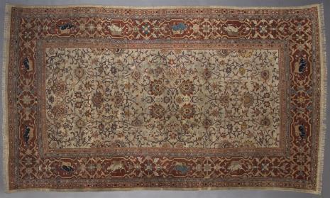 nieznany, Biały dywan z motywami wschodnimi