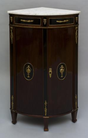 nieznany, Szafka kątowa w stylu Ludwika XVI