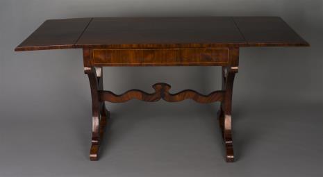nieznany, Stół w stylu biedermeier