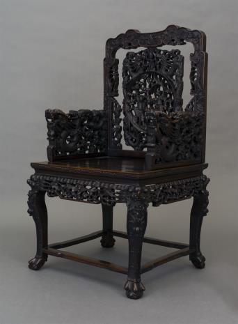 nieznany, Fotel rzeźbiony