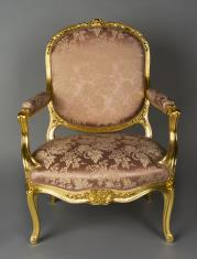 Fotel w stylu Ludwika XV