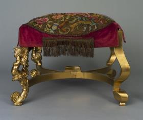 Taboret w stylu Ludwika XV