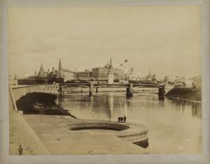 Widok mostów i Kremla