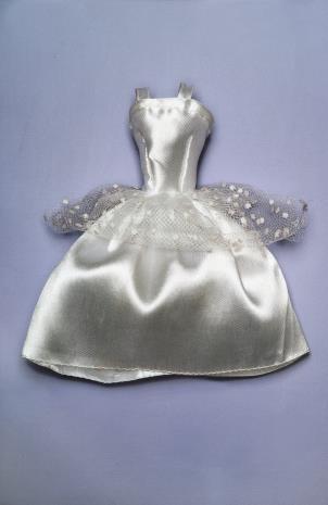 Jadwiga Sawicka, Cykl Ubrania – Sukienka srebrna