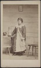 Portret kobiety - typ ludowy z okolic Wilanowa
