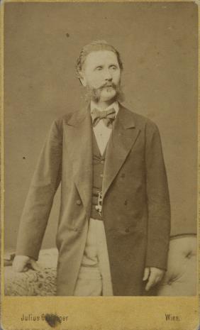 Zakład fotograficzny Gertinger Julius, Portret mężczyzny