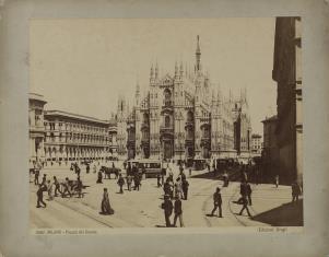 Mediolan - Piazza del Duomo