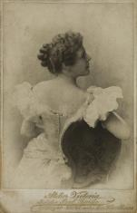 Nelly Brown