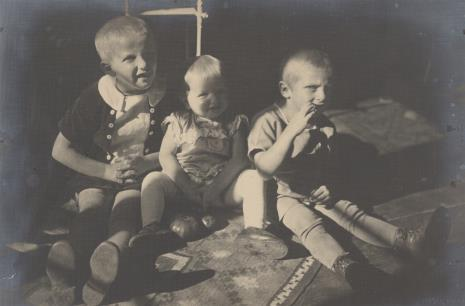 Jan Bułhak, Troje dzieci. Halina, Maria i Marcin Bułhakowie