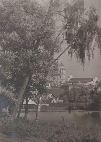 Jan Bułhak, Widok z ogrodu kościoła Misjonarzy