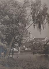 Widok z ogrodu kościoła Misjonarzy