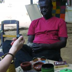 Kamień, piłka, oczy. Rozmowa między El Hadji Sy i Antje Majewski, Dakar 2010 [ La pierre, la boule, les yeux. Conversation entre El Hadji Sy et Antje Majewski, Dakar 2010]