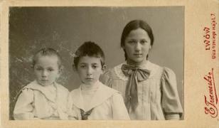 Portret Zofii Lilien z braćmi