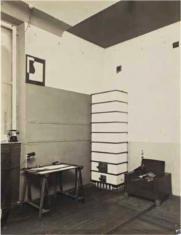 Wnętrze pracowni Heleny i Szymona Syrkusów przy ul. Senatorskiej 38 w Warszawie