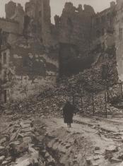 Ul. Brzozowa, z cyklu: Warszawa 1945