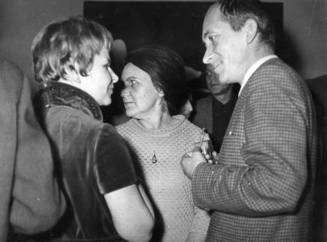Janina Ładnowska (Dział Sztuki Nowoczesnej), Regina Marquardt (Dział Naukowo - Oświatowy), Tadeusz Witold Wolański (PWSSP w Łodzi)