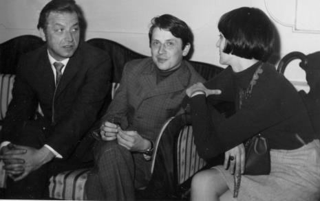 Od lewej malarz Michał Gałkiewicz, red. Gustaw Romanowski, x
