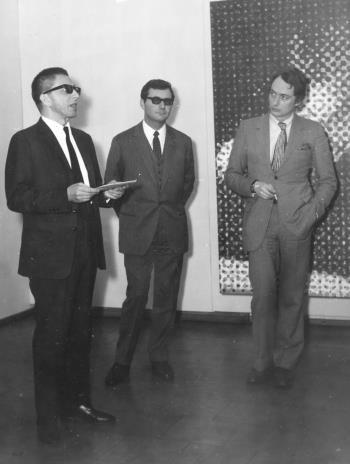 Od lewej dyr. Ryszard Stanisławski, sekretarz ambasady francuskiej w Polsce, Alain Jacquet