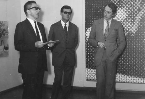 Od lewej dyr. Ryszard Stanisławski, sekretarz ambasady francuskiej, Alain Jacquet