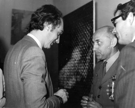 Od lewej Alain Jacquet, płk. dr med. Cyryl Jan Mackałło, sekretarz ambasady francuskiej