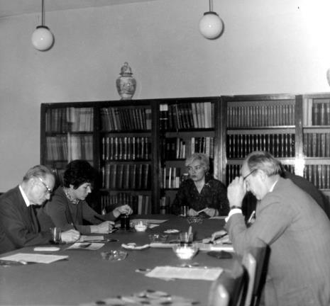 Od lewej red. Roman Janisławski (PAP), red. Krystyna Tamulewicz (Polskie Radio), Halina Zawilska, red. Tadeusz Słupecki