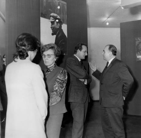 Od lewej x, Zofia Włodarczykowa (KŁ PZPR), Wojciech Boczkowski (Wydział Kultury i Sztuki RN m. Łodzi), Ryszard Stefańczyk (kierownik Wydziału Kultury i Sztuki RN w Łodzi)