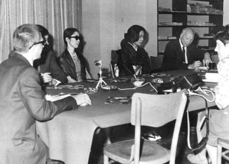 Od lewej dyr. Ryszard Stanisławski, Yoko Filippi, Aiko Miyawaki, Mieczysław  Jagoszewski (Dziennik Łódzki), x