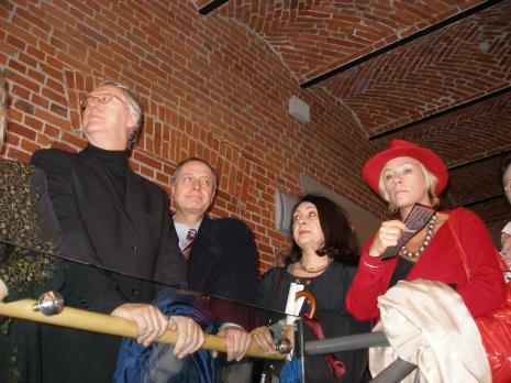 Od lewej senator Zbigniew Antoszewski, dyr. Wojciech Nowicki (Teatr Jaracza w Łodzi), x, dyr. Małgorzata Potocka (TVP Łódź)