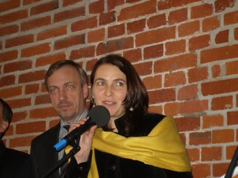 Minister Włodzimierz Zdrojewski (MKDiN) i Zofia Wysocka (przedstawicielka firmy APSYS)