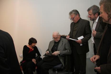 Od lewej Magdalena Shummer (artystka, żona Wojciecha Fangora), Wojciech Fangor, Dariusz Bieńkowski, Stefan Szydłowski, Janusz Bałdyga