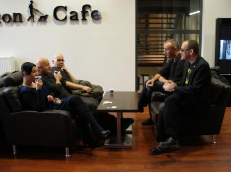Od lewej Aleksandra Ska, Leszek Knaflewski, Kamil Kuskowski; z prawej na pierwszym planie Wojciech Kozłowski (BWA Zielona Góra), Igor Krenz