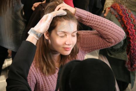 Makijaż przed występem
