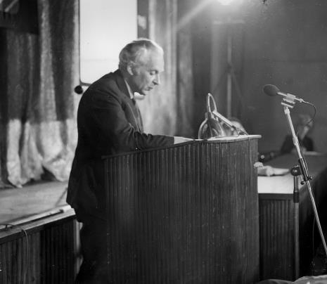 Referat Mieczysława Porębskiego