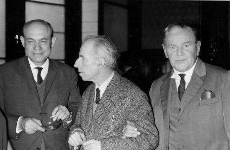 Od lewej Apoloniusz Zawilski (literat), Konstanty Mackiewicz (malarz), Wacław Dobrowolski (malarz)