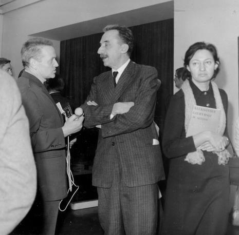 Od lewej red. Jerzy Urbankiewicz (Polskie Radio), Jerzy Krassowski, x