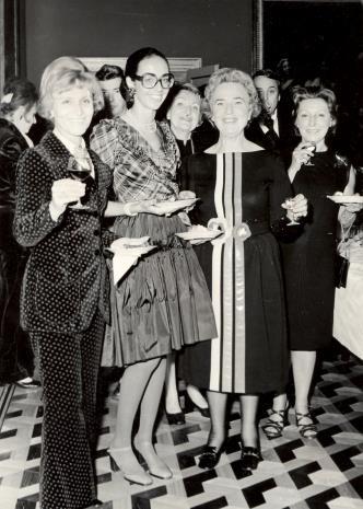 Od lewej R. Hammacher, Daniéle Giraudy (kustosz Muzeum Sztuk Pięknych w Marsylii), Ayala Zacks (Toronto), G. Martin-Mery-Tauvines
