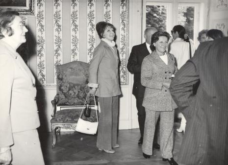 Od lewej p. Lorentzowa, Karin Berqvist Lindegren (kustosz Muzeum Sztuki Współczesnej w Sztokholmie), G. Martin-Mery-Taurines