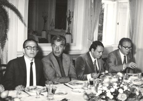 Od lewej dyr. Ryszard Stanisławski (ms), dyr. Eduard Louis Leo de Wilde (Stedelijik Museum w Amsterdamie), Güntner Uecker, D. Oxenaar (Rijksmuseum Kroller-Muller)