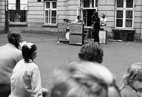 Koncert Zespołu Beatowego Międzyszkolnego Domu Kultury im. L. Waryńskiego w Łodzi