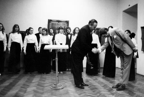 Z lewej prof. Kazimierz Dębski, dyrygent Łódzkiego Zespołu Wokalnego