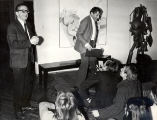Dyr. Ryszard Stanisławski i Tadeusz Kantor na spotkaniu ze studentami