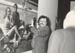 Francuski krytyk i filozof Pierre Restany z wizytą w Muzeum Sztuki