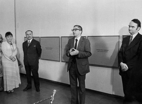 Od lewej Maria Stangret-Kantor, dyr. Ryszard Brudzyński, dyr. Ryszard Stanisławski Włodzimierz Pośpiech (kierownik Wydziału Kultury i Sztuki RN m. Łodzi)