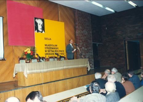 Przemawia dyr. Jaromir Jedliński (ms)