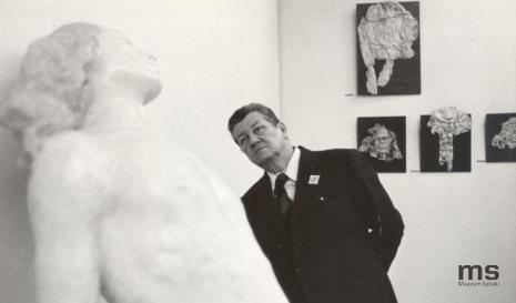 Od lewej x, Ryszard Brudzyński (wicedyrektor ms), Lucjan Motyka (kierownik Wydziału Kultury KC PZPR), pracownica Ministerstwa Kultury i Sztuki