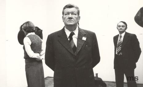 Na pierwszym planie od lewej Ryszard Brudzyński (wicedyrektor ms), Lucjan Motyka (kierownik Wydziału Kultury KC PZPR) i Włodzimierz Pośpiech (kierownik Wydziału Kultury i Sztuki RN m. Łodzi)